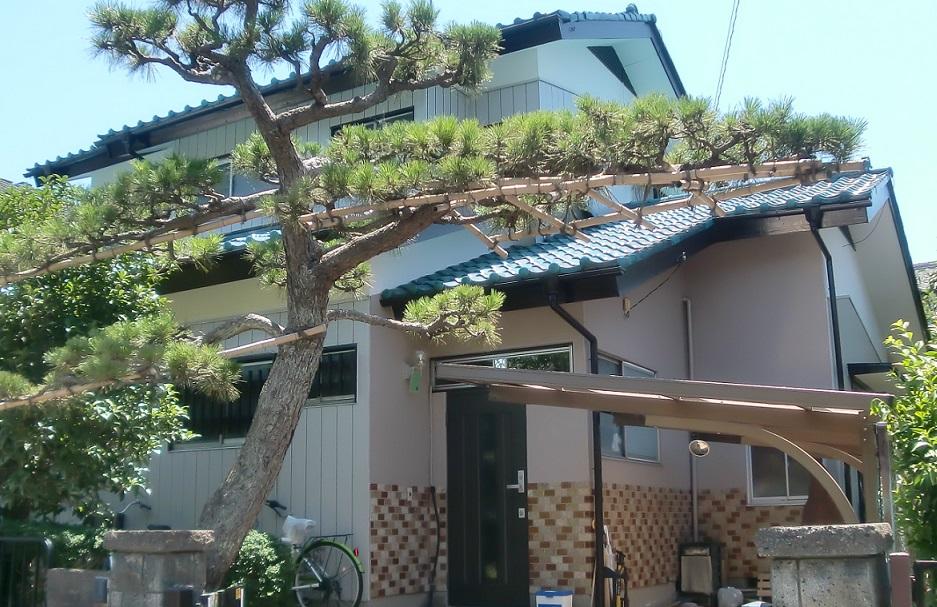 外壁金属サイディング張り・屋根葺き替え工事 Before